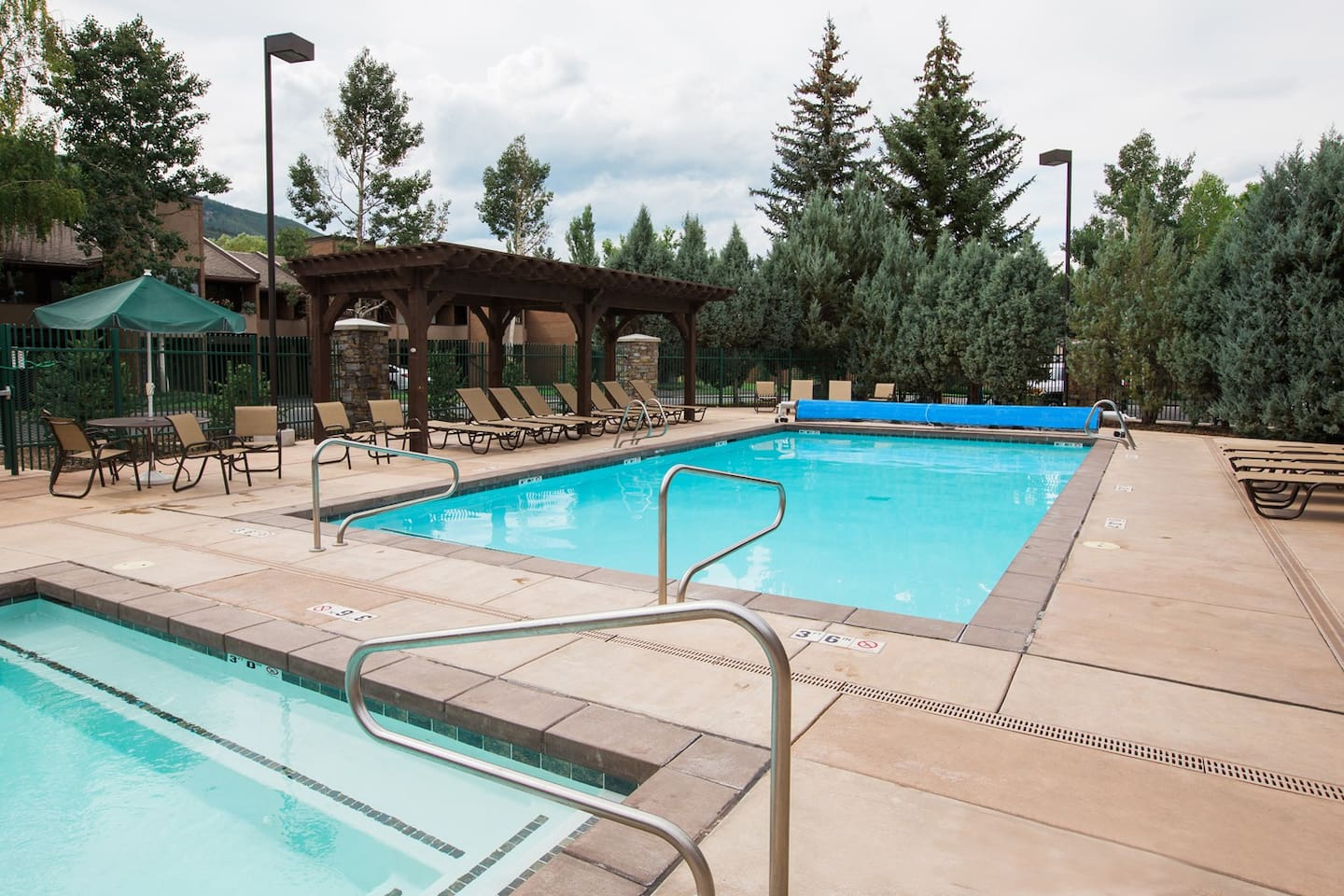 Heated Outdoor pool and two Hot tubs