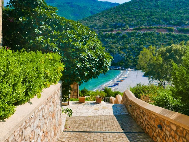 Peloponnese ARKADIKOS Village HOLIDAY Flat Sleep 4