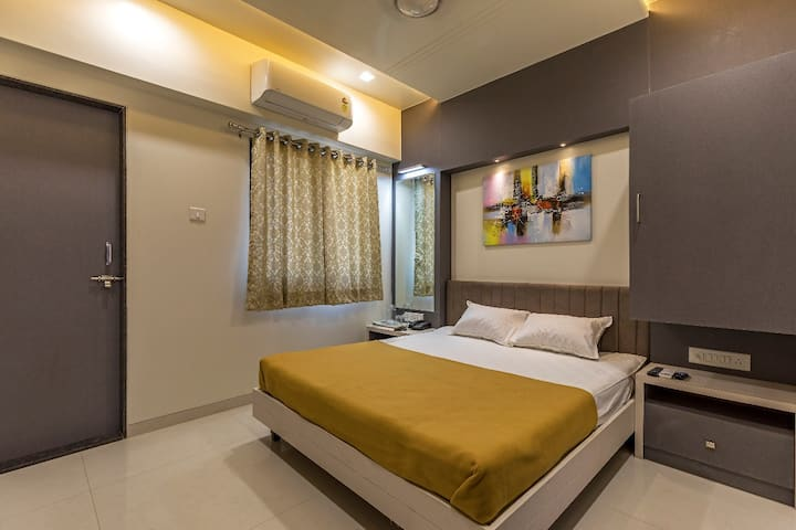 Hotel Happy Homes, Kolhapur Deluxe Room Ac