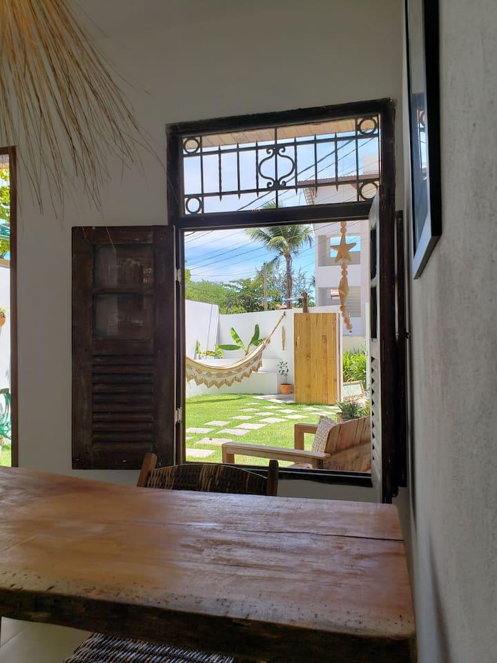 Casa perto do centro com privacidade