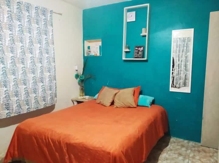 Habitación de fácil acceso y tranquilidad.