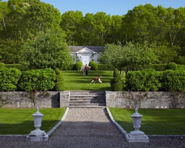 Chic large cottage on Hamptons estate.
