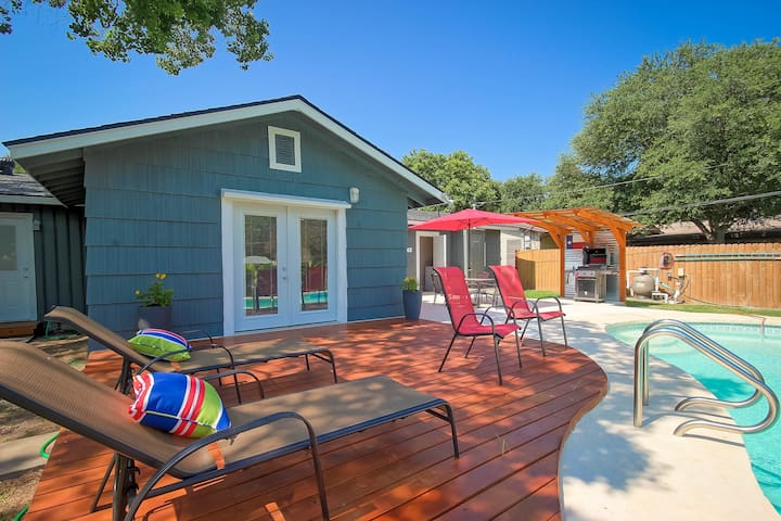 Uptown remodel in 2016 w/Heated Pool, NC location