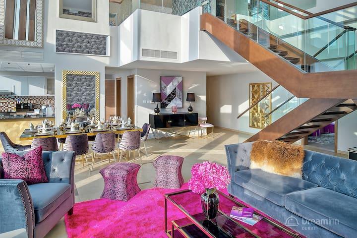 Vibrant 5-bedroom Penthouse - Downtown Dubai