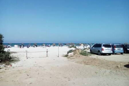 Appartamenti sulla spiaggia - Ezzahra - Wohnung