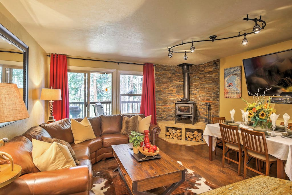 A relaxing alpine retreat awaits you at this stellar Breckenridge vacation rental townhome!