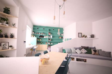 FRIENDLY LOFT IN THE NAVIGLI AREA - Milão - Apartamento