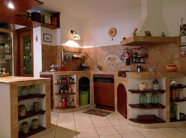 Casa con giardino vicino Roma - Monterotondo - Villa