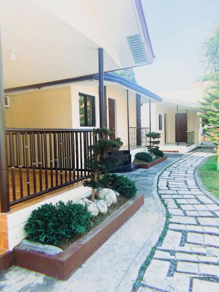 Transient Hotel Rooms Cabanas Resort Swimming Pool