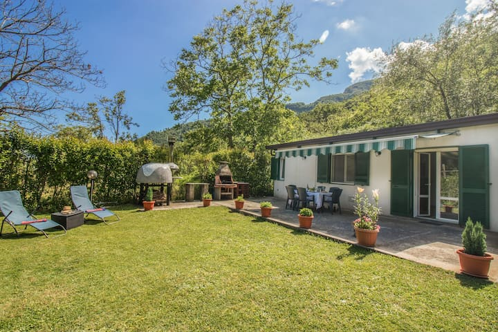 """Holiday House """"Piccola Oasi A"""""""