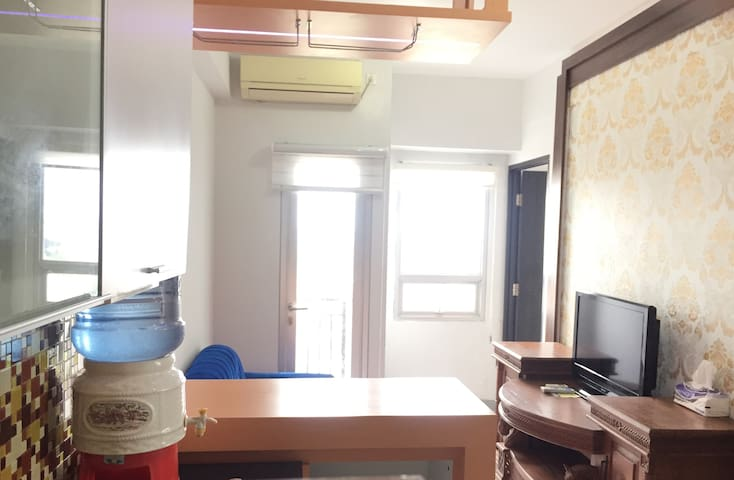 Cozy & Cool (2BR) Apartement Purimas Rungkut
