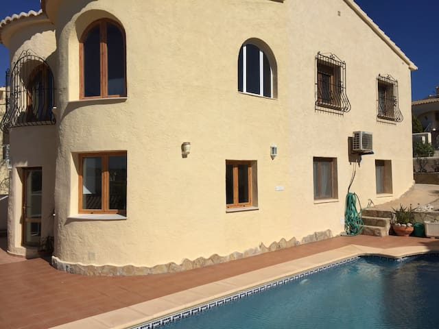 Casa Gilly, large and spacious 4 bed villa, pool - Benitachell