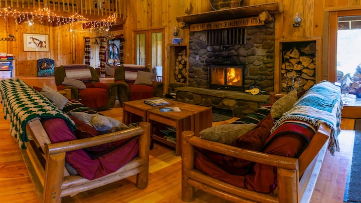 Sun Mountain Ranch BunkHouse - Near Crater Lake