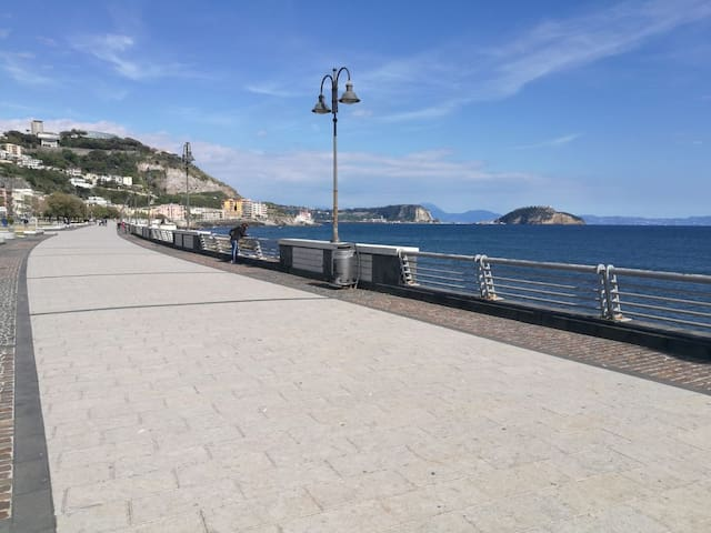 Airbnb Pozzuoli Vacation Rentals Places To Stay