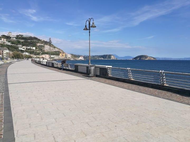 La Tana di Poseidone, appartamento vicino al mare.
