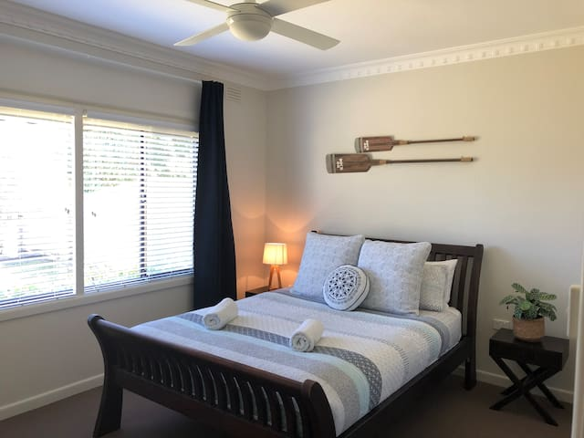 WONTHAGGI PET FRIENDLY COSY-COTTAGE