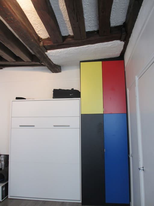 Hidden bed and Mondrian Closet