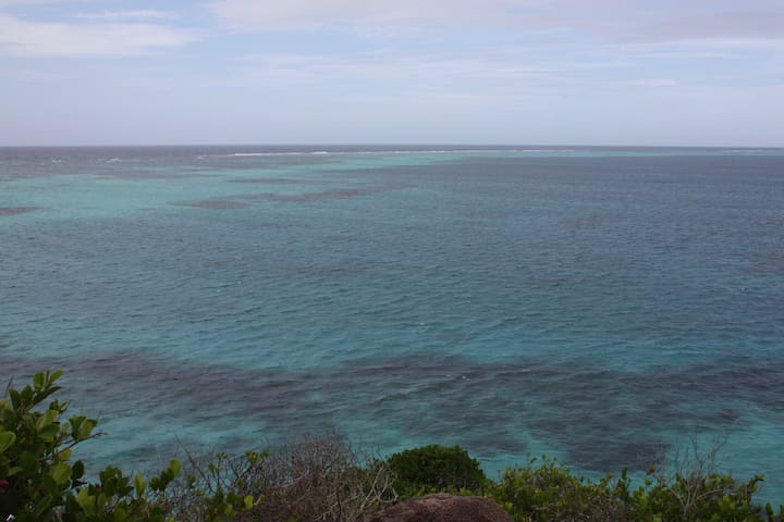 The sea from crab cay