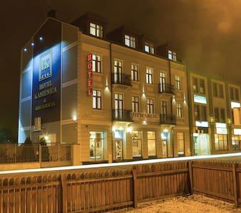 Butikowy hotel w centrum Siedlec - Siedlce - Bed & Breakfast