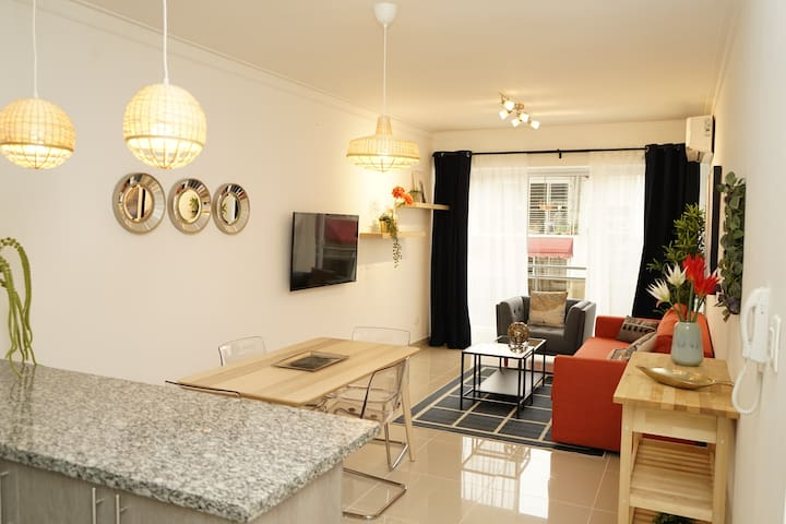 Two bedrooms, modern and convenient in Gazcue