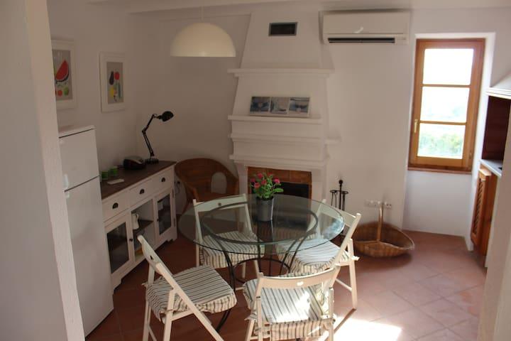Casa dos habitaciones Xert Morella - Xert - บ้าน