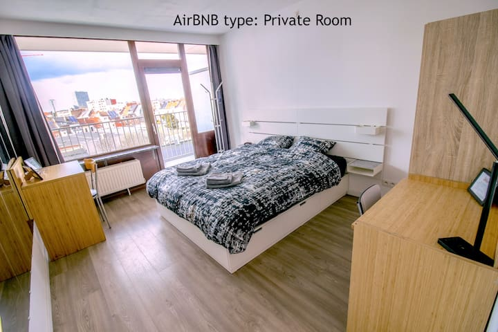 Clean, Modern & Warm Private Room in Gent!
