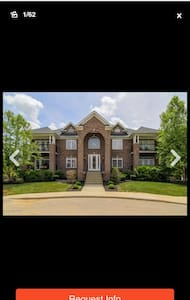 Beautiful 3 bed/2 bath Condo - Louisville