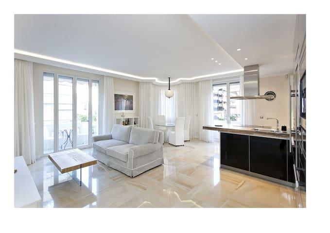 Cannes Croisette, proche Carlton - Cannes - Apartemen