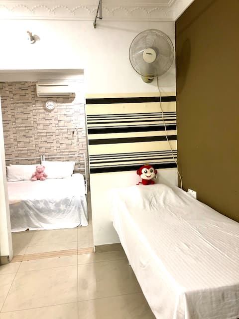 Triang homestay ( family suite)
