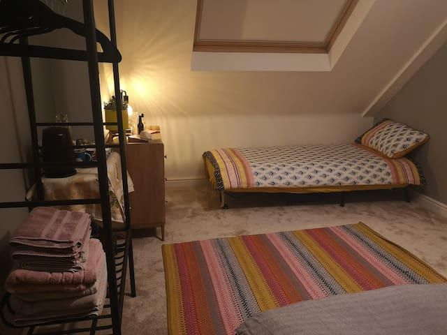 The configuration if a third guest is staying or you need separate beds for two guests.