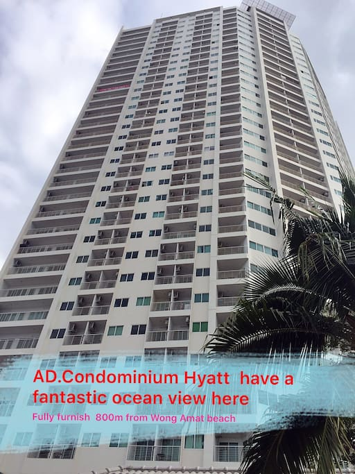 AD Hyatt Condominium Wong Amat is a high-rise building with 35 floors.It is located on Naklua Soi 16 in North Pattaya, 800 m from Wong Amat beach.