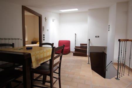 Appartamenti vacanza San Gregorio 3