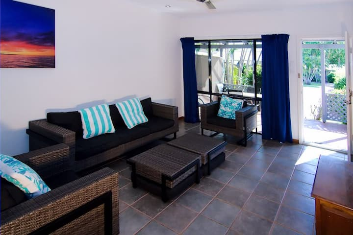 Cable Beach Apartments - 2 Bedrooms