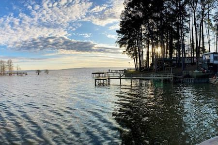 Lakescape getaway on Toledo bend