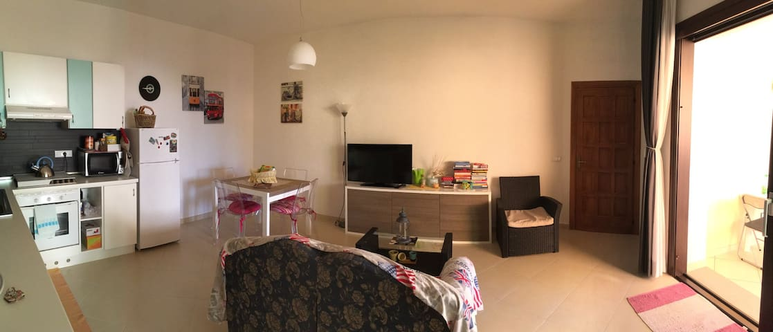 Holiday home with garden in Olbia - Olbia - Apartament