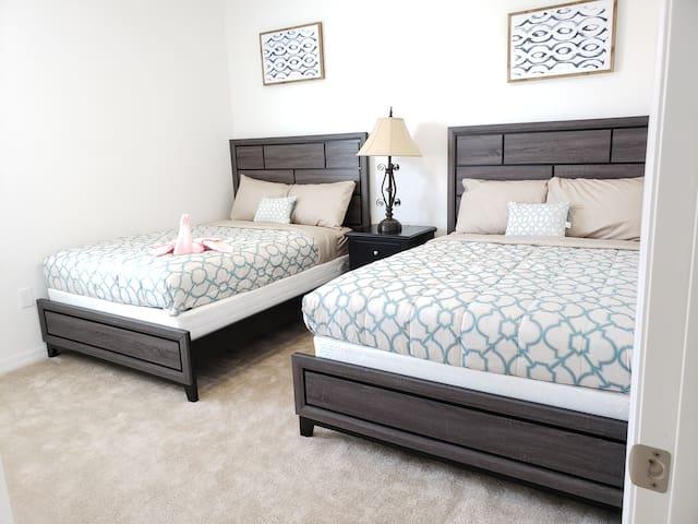Bedroom 9 (Double* 2)