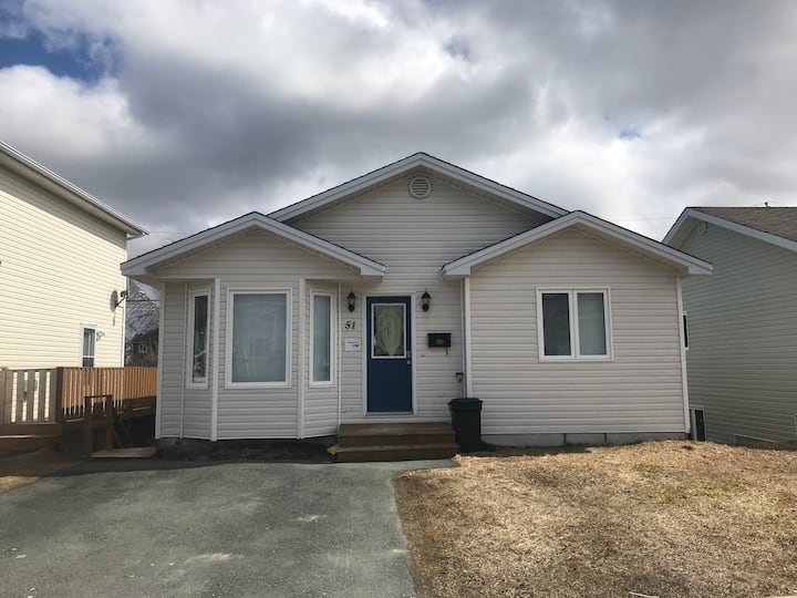 3 Bedroom Home in Central Location,fully Furnished