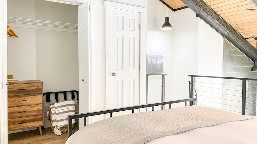 Loft / Bed