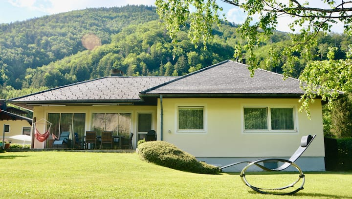 Spacious holiday home Langwies near lake Traunsee