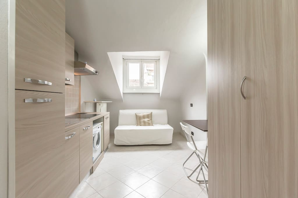 Small Studio Apartment In An Excellent Setting