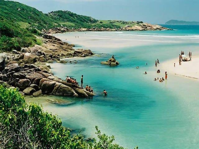 Pousada de Frente p/ o Mar - Pinheira - Praia de Cima (Pinheira) - Bed & Breakfast