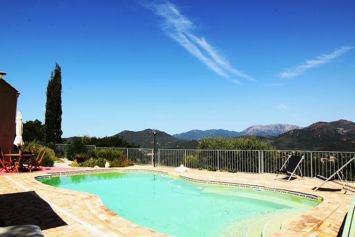 Quiet SeaView Villa****Pool 29° in Scrubland  Wifi