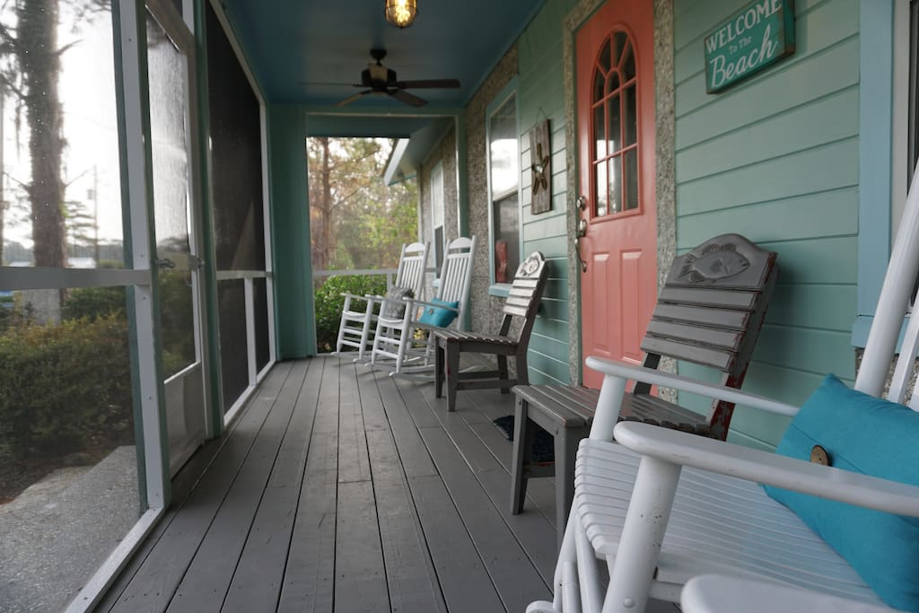 Enjoy sunrises and sunsets on the front porch as you soak in the coastal atmosphere.