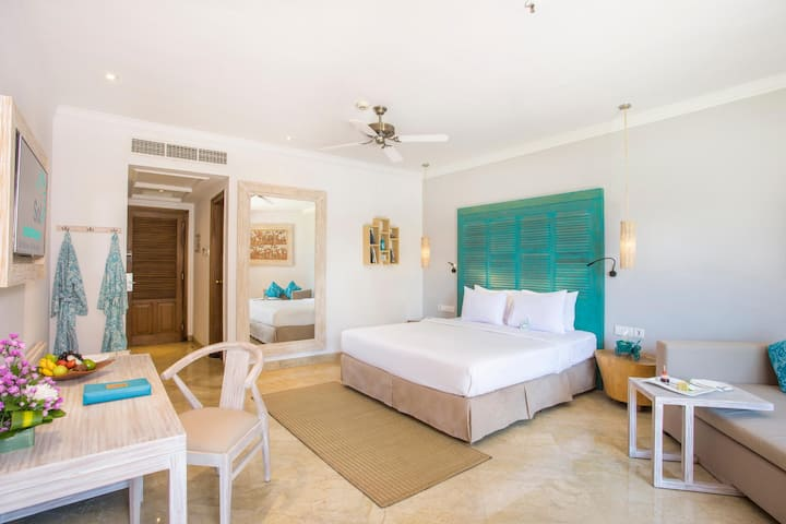 Awesome Room Deluxe At Nusa Dua-Tanjung Benoa