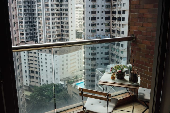 Stylish Mid Levels Apartment (Private Room) - Hong Kong - Apartamento
