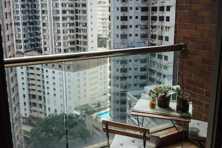 Stylish Mid Levels Apartment (Private Room) - Hongkong - Wohnung