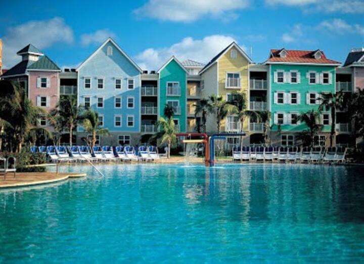 Atlantis Harborside Villa