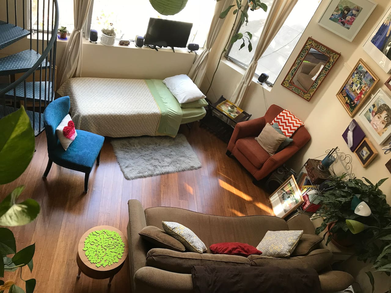 Living room with guest bed