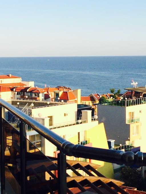 c 7 этажа великолепный вид на море с просторной террасы