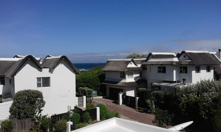 Supertubes Beach Villa @ Cape St Francis Resort